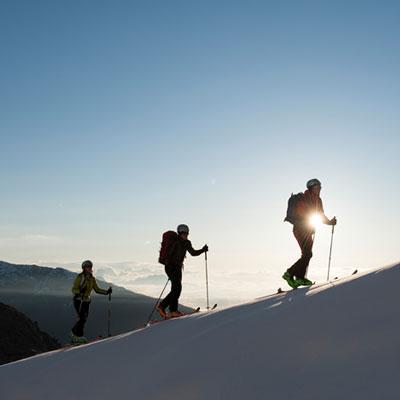 Offrez-vous le plein d'air pur en gravissant les sommets