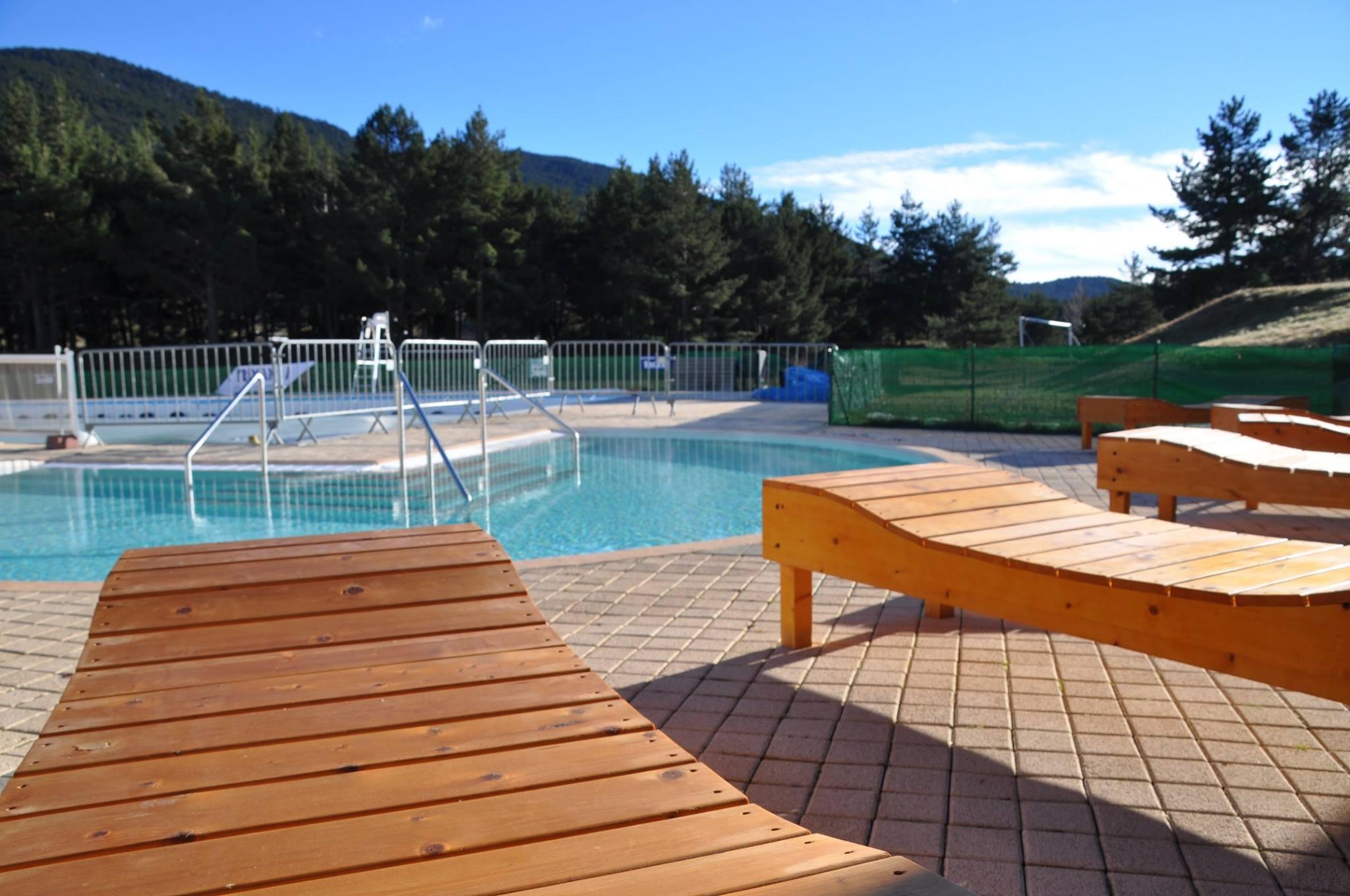 Bains chauds sauna piscine et hammam de matemale for Piscine bien etre
