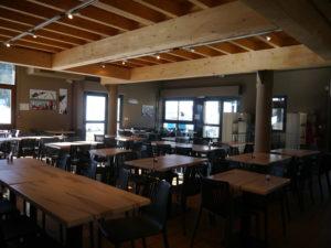 Salle du restaurant La Calmazeille